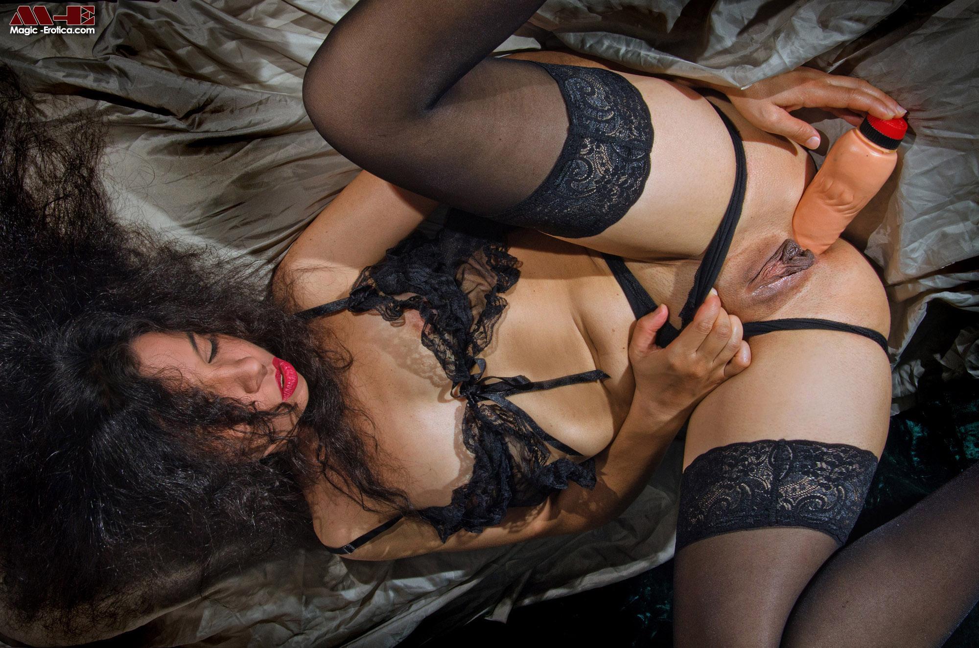 idoia magic erotica Click to Enlarge