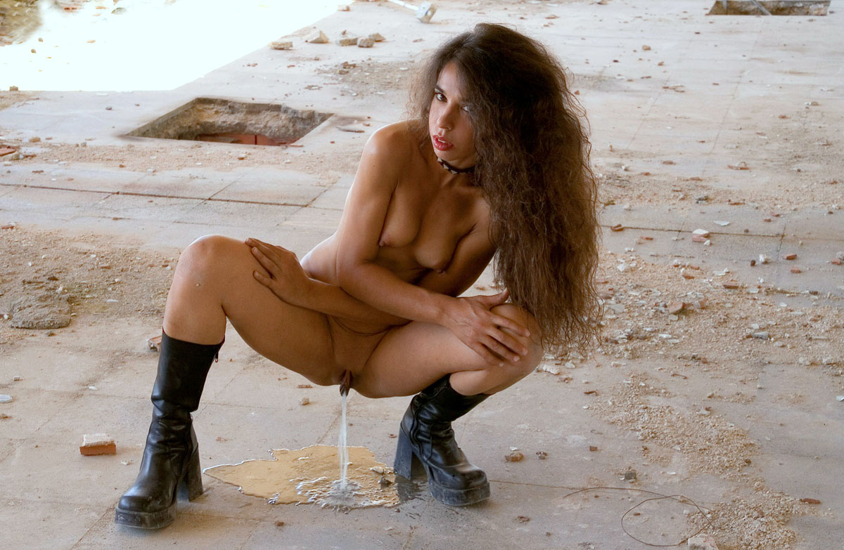 Authoritative message nude girls peeing while wearing boots